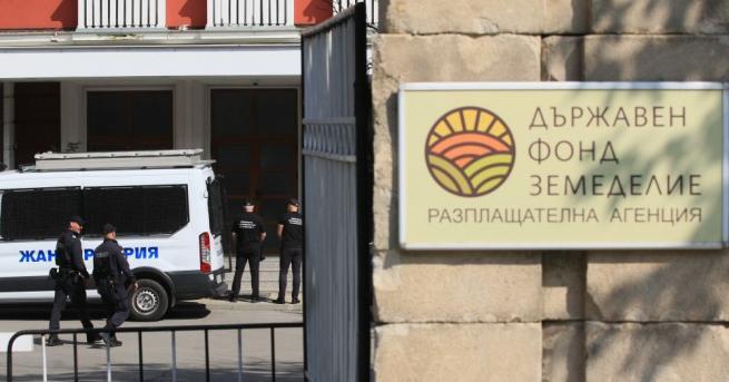 Шестима души са арестувани след акцията на спецпрокуратурата в Държавния