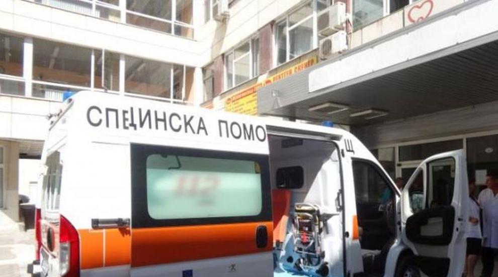 Младеж е с опасност за живота след катастрофа в Разградско