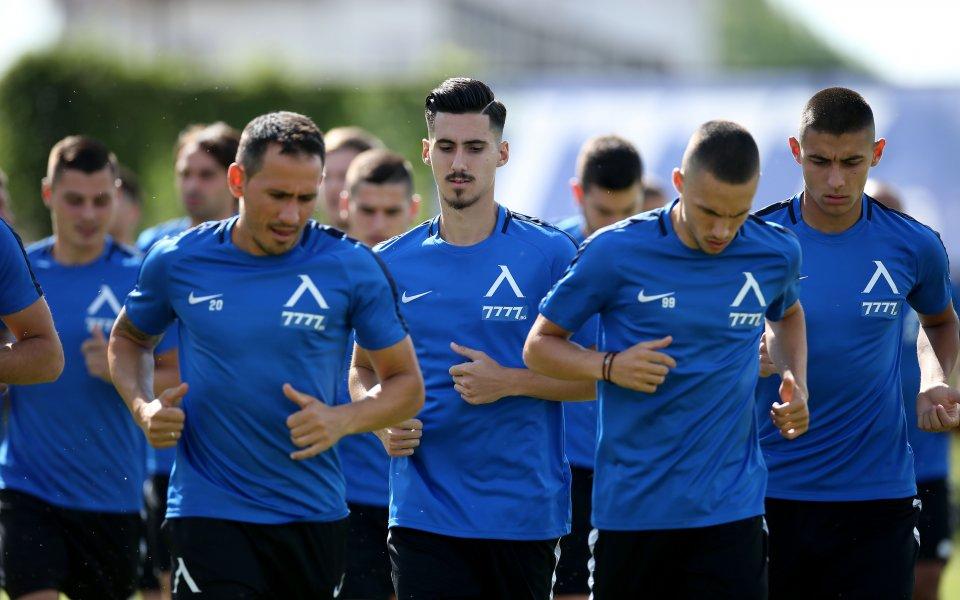 Петър Хубчев определи групата на Левски за мача с Ботев Враца