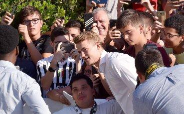 Официално: Ювентус обяви трансфера на Де Лихт