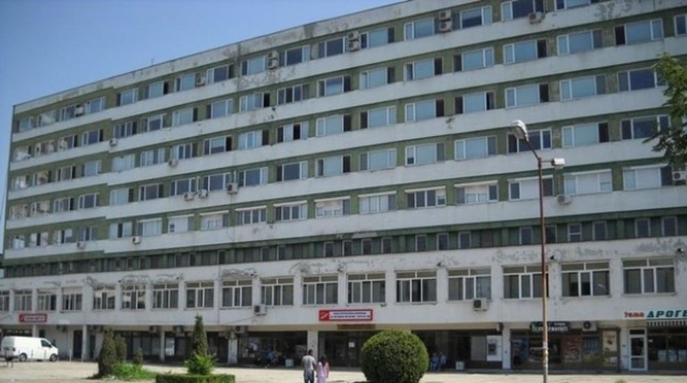 Медици от Спешното отделение в Бургас искат...