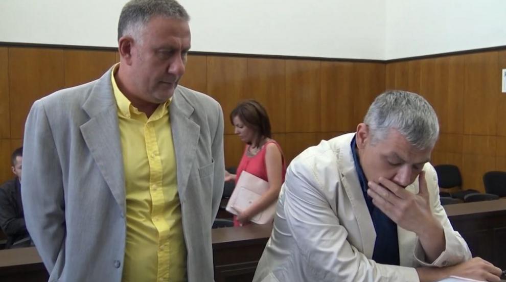 Лекарят, убил крадец в дома си, се призна за виновен (СНИМКИ)