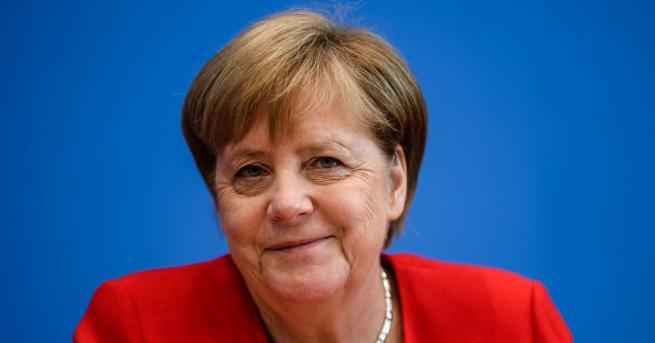 Ангела Меркел заяви днес, че се чувства във форма да