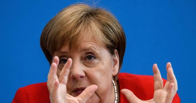 Германският канцлер Ангела Меркел заяви, че коронавирусната пандемия ще бъде
