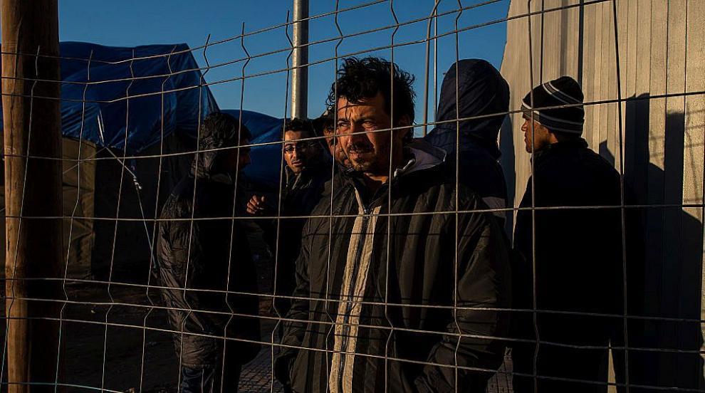 50 мигранти прескочиха граничната ограда на испанския анклав Мелиля