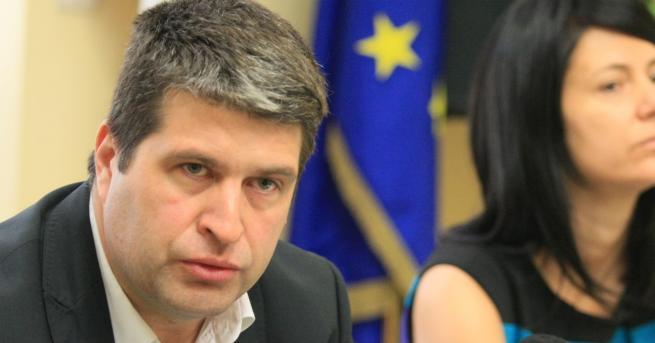 България Говорителят на НАП: Периферни електронни услуги са в риск