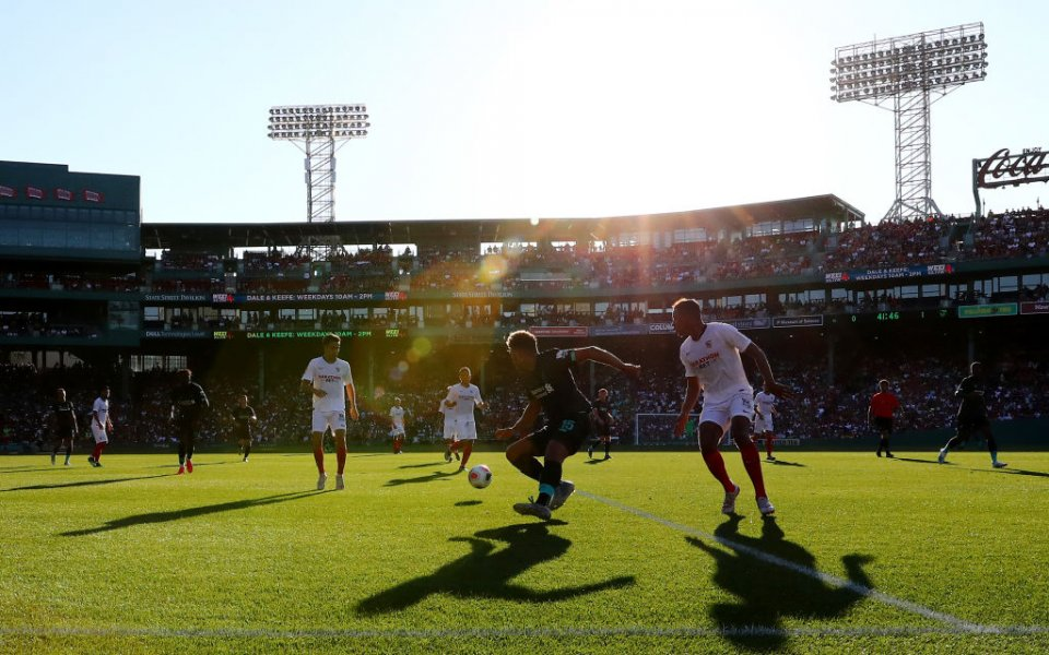 Отборът на Ливърпул претърпя ново поражение в предсезонната си подготовка.