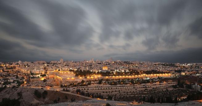 Израел започна да разрушава смятани за незаконни палестински жилища в