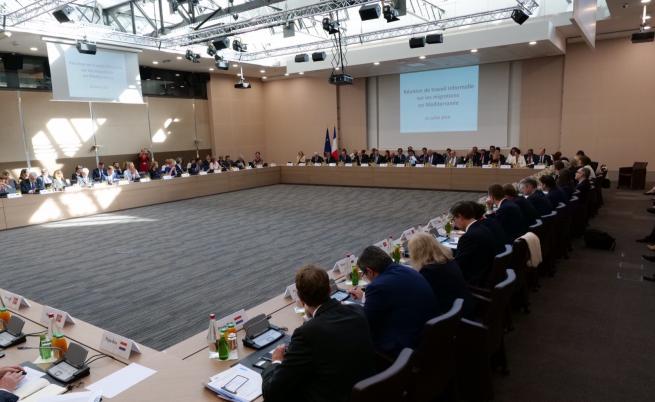 14 страни с механизъм за разпределяне на спасени мигранти