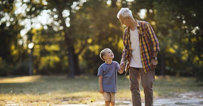Снимка: Интелектуалци искат 17 ноември да бъде обявен за Дядовден