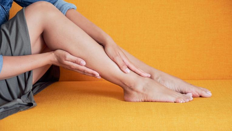 подути крака болка
