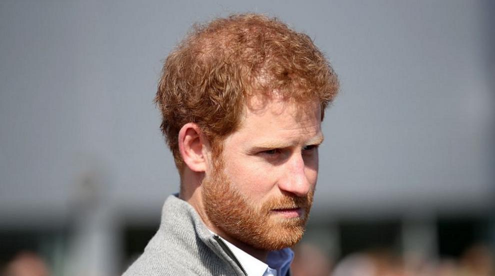 Принц Хари обяви война на най-големите таблоиди на Острова