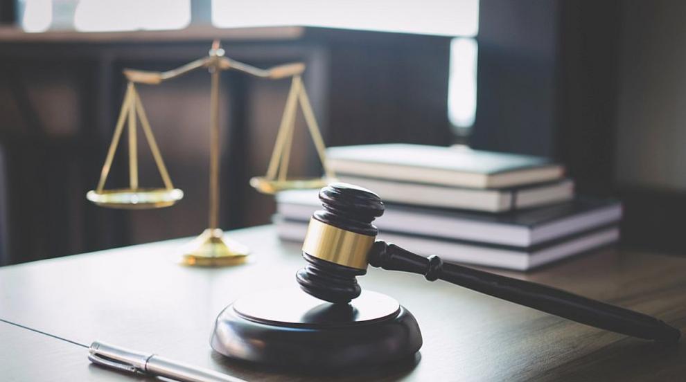 Съдът задържа за постоянно в ареста британски поданик за блудство с деца