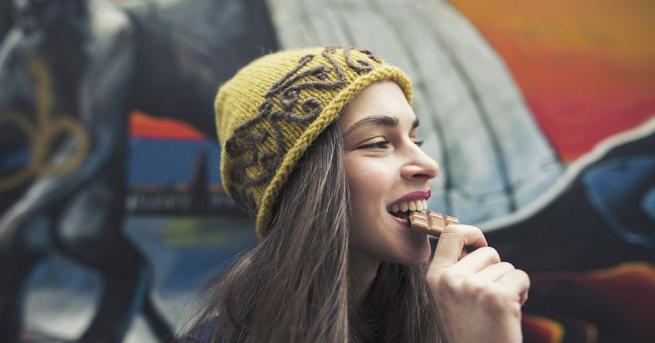 Хората, консумиращи натурален шоколад, по-рядко страдат от депресия, тъй като