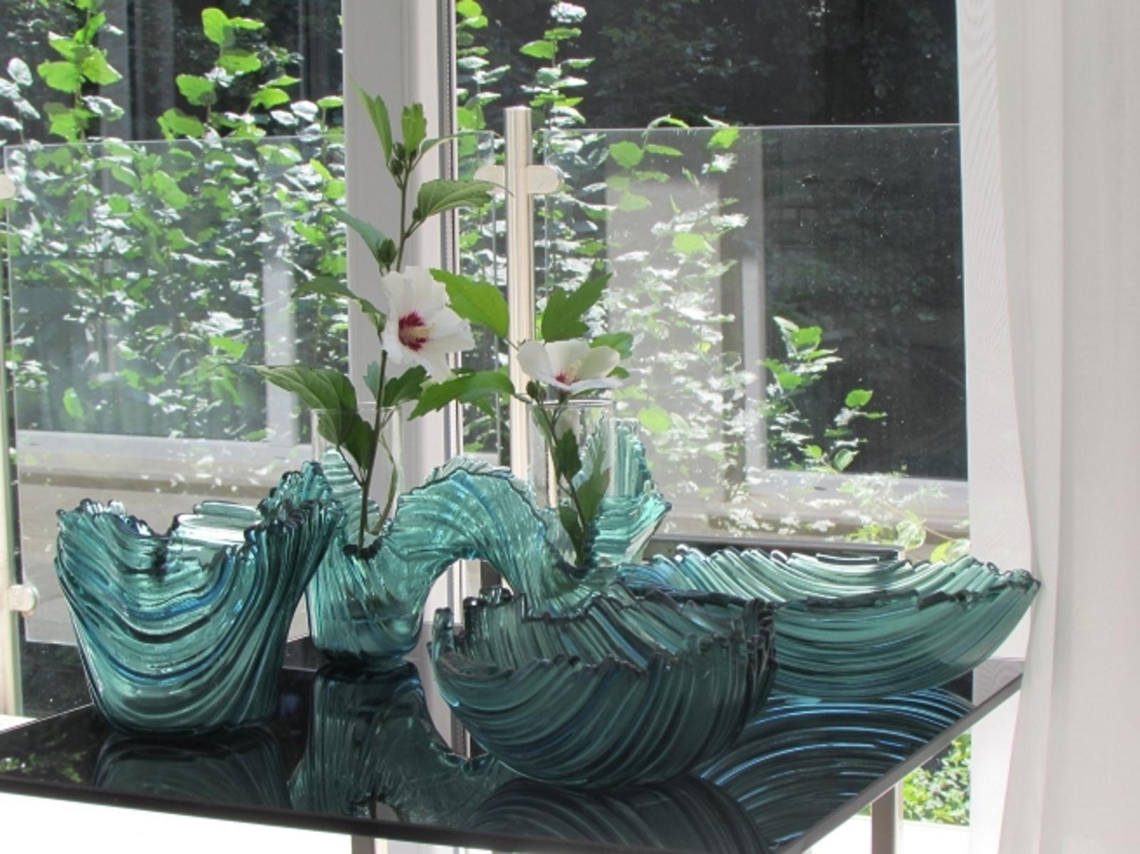 <p>Техниката наречена &bdquo;фюзинг&ldquo; е любимата на Жени Гунева при обработката на стъкло.</p>