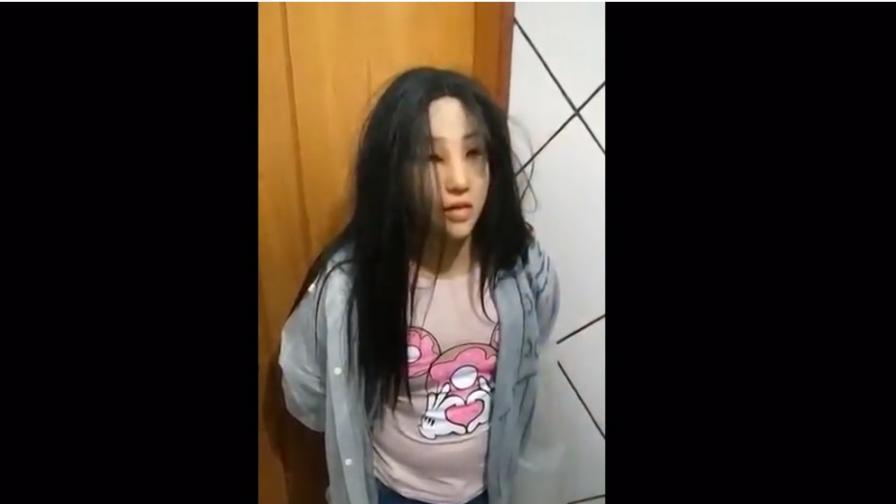 <p>Наркодилър се маскира като тийнейджърка за бягство от завтора</p>