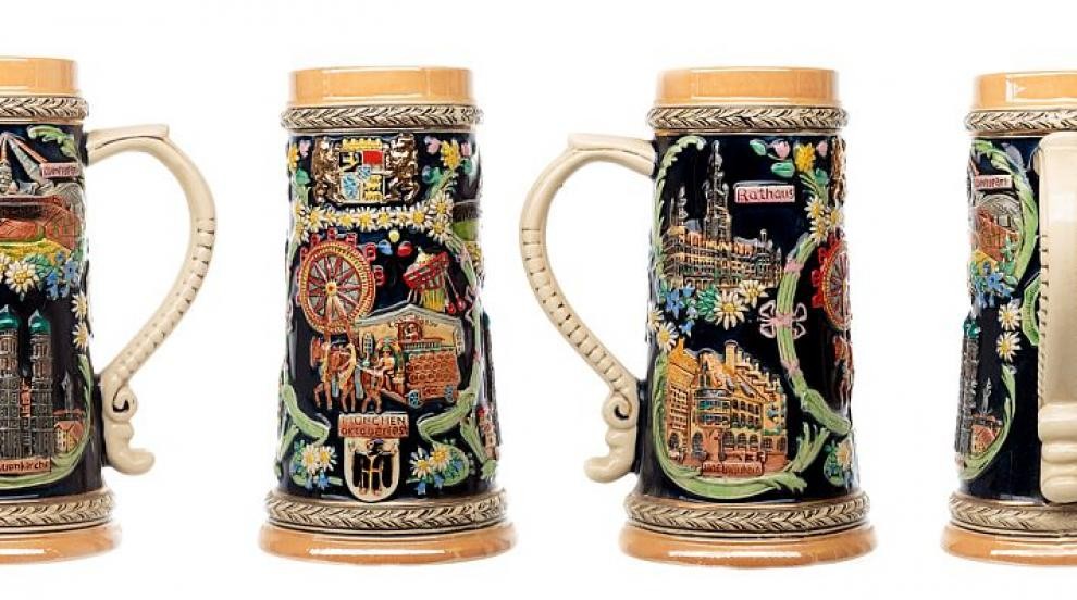 Керамични халби за бира и птици - кражбите от тематични паркове в Германия...