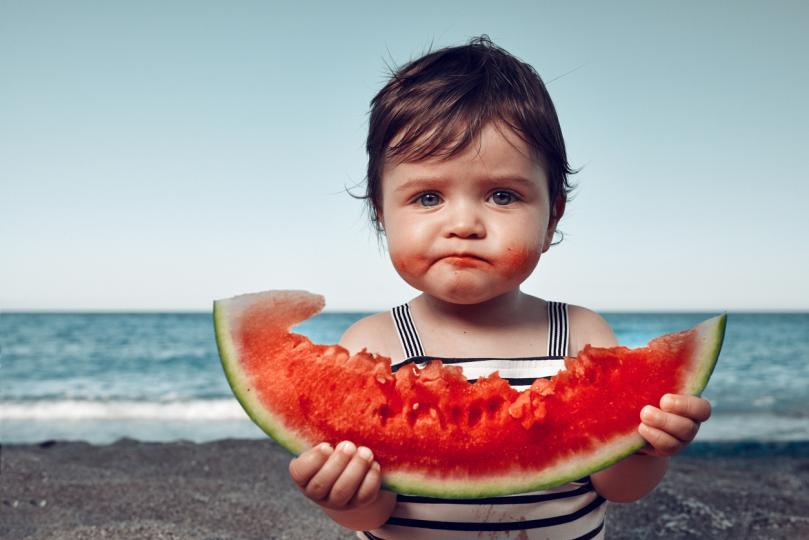 """<p>Динята действа профилактично срещу някои ракови заболявания, а високо ѝ съдържание на калий помага за регулиране на <strong><a href=""""http://www.edna.bg/zdravoslovno/hrani/diniata-ni-predpazva-ot-syrdechni-zaboliavaniia-4628070"""" target=""""_self"""">сърдечните функции</a></strong> и нормализира кръвното налягане.</p>"""