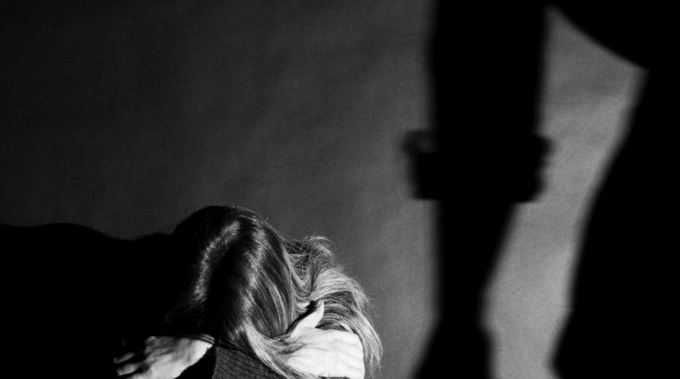 Убийството на жена пред дъщеря й потресе Турция (СНИМКИ)