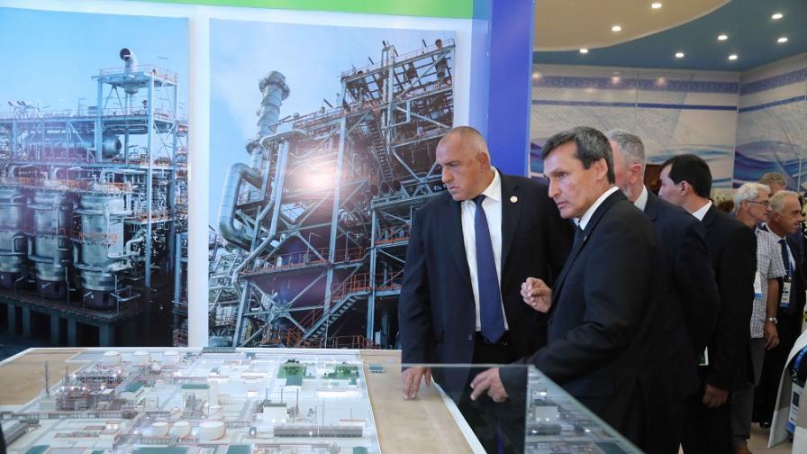 Българската страна има интерес да инвестира в Туркменистан в редица сфери, заяви министър-председателят Бойко Борисов, който присъства на откриването на Международната каспийската изложба за иновативни технологии в Туркменбаши.