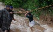 Над 170 жертви на наводненията в Индия