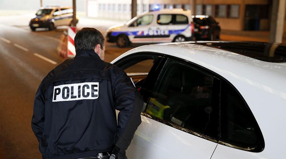 Френската полиция откри 2 милиона евро в колата на трафиканти на дрога