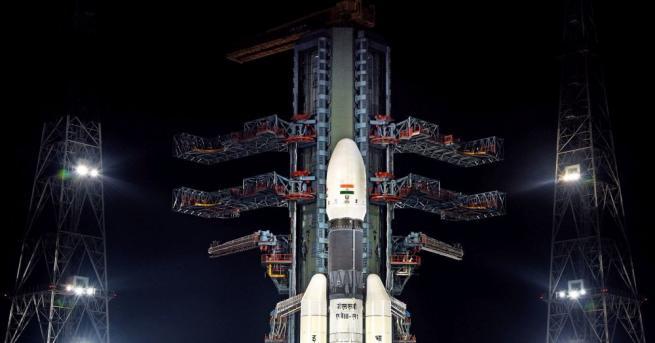 Индийската организация за космически изследвания извърши маневра за преминаване на
