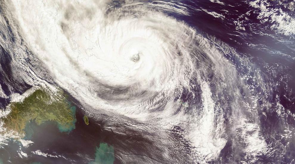 Тропическата буря Кроса уби един човек в Япония