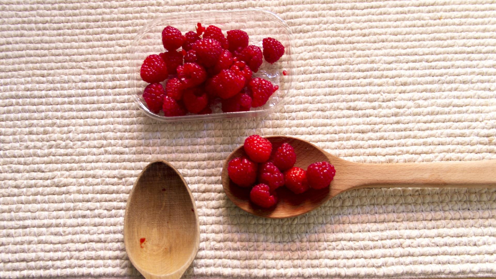<p><strong>Козирог &ndash; малини</strong></p>  <p>Малините имат много силен вкус в доста мъничко плодче. В Козирозите също се крие голяма сила, макар и понякога в крехка обвивка.</p>