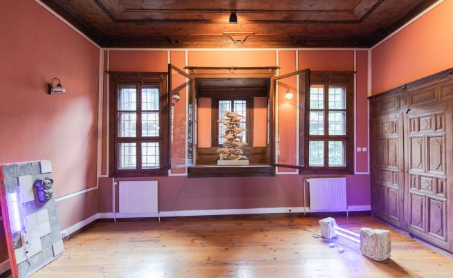 Мич Брезунек – френският художник, който избра Пловдив за свой дом