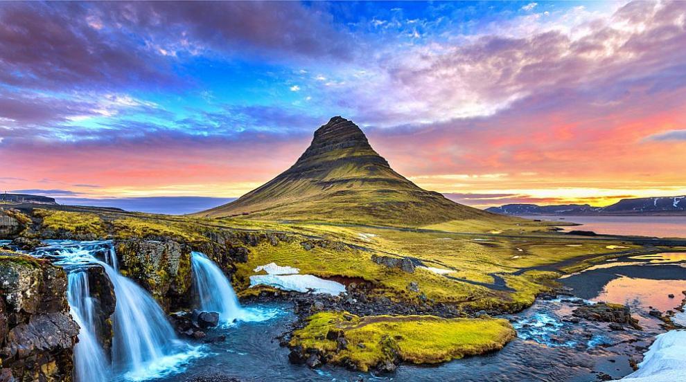 НАСА се подготвя за Марс на ледник в Исландия