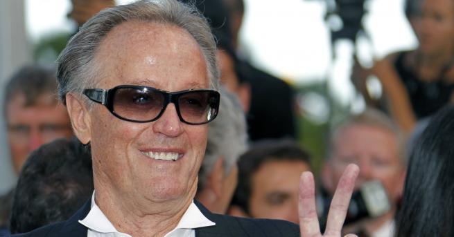 Снимка: Почина кино звездата Питър Фонда