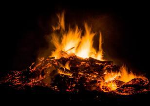 Разрази се голям горски пожар в Украйна