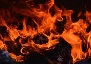 Пожарът на остров Закинтос е извън контрол