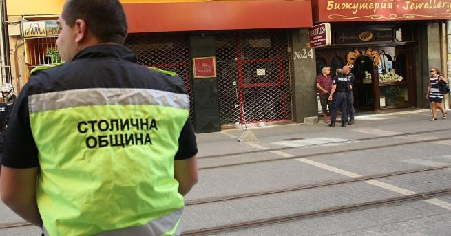 Полицията задържа мъж, за когото се смята, че по-рано през