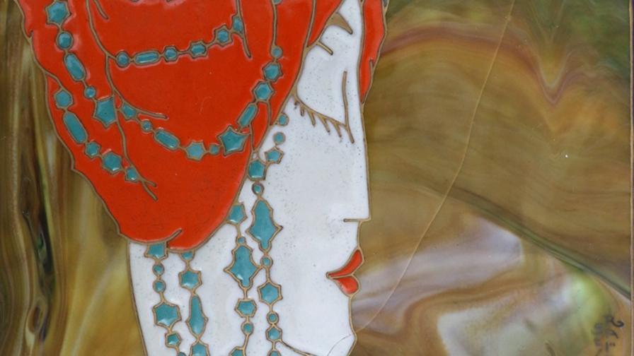 Една изложба, която ни пренася в приказен свят (СНИМКИ)