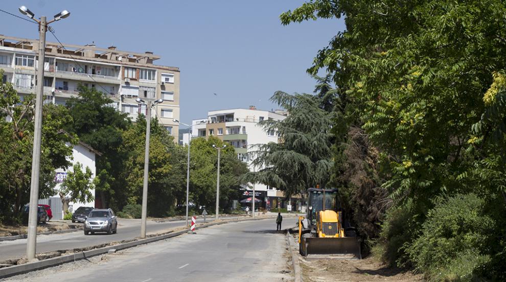 """Затварят частично движението на МПС по бул. """"Крайречен"""" в Стара Загора"""