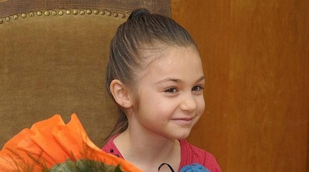 Помните ли Крисия Тодорова? Тя вече не е дете, а...
