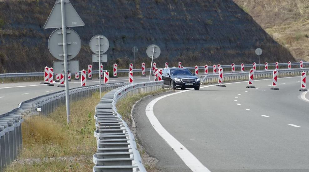 Ремонти ограничават движението по автомагистралите...