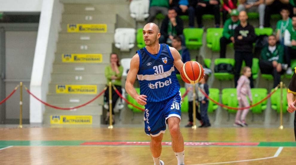 Баскетбол: Цветослав Острев продължава със Спартак- Плевен