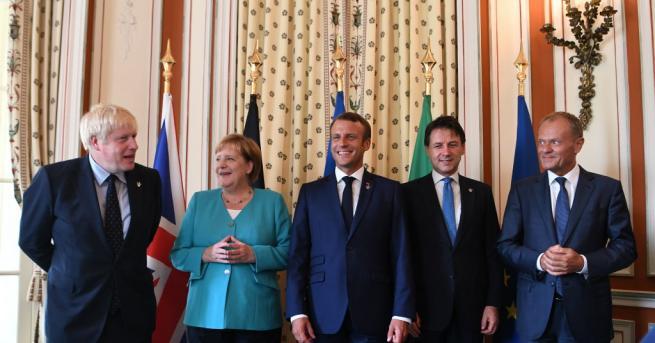 Британският премиер Борис Джонсън не остана длъжен на председателя на