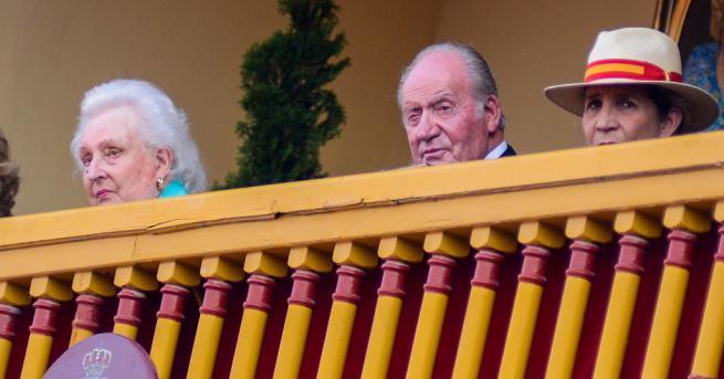 Абдикиралият 81-годишен крал на Испания Хуан Карлос беше подложен на