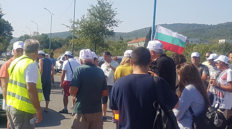 В Атия искат референдум за временното депо за опасни отпадъци