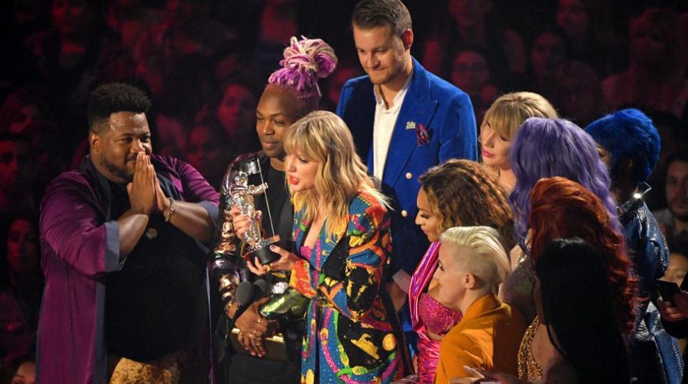Раздадоха видео музикалните награди на MTV (СНИМКИ/ВИДЕО)