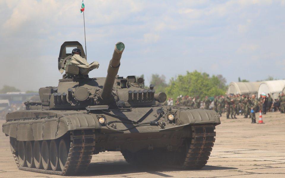 Цървена звезда плаши Йънг Бойс със съветски танк