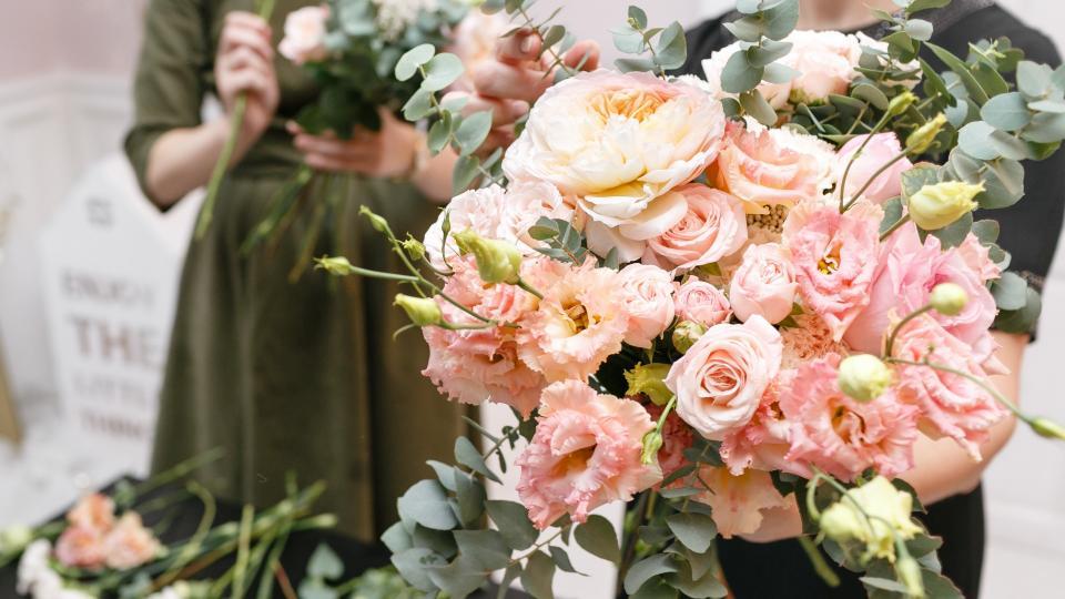 цветя рози магазин