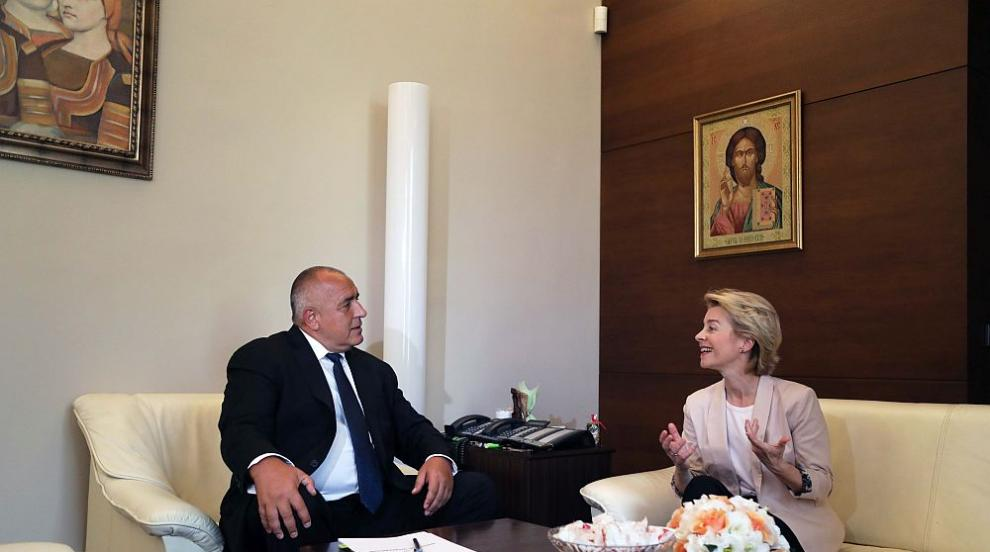 Борисов и Фон дер Лайен обсъдиха Плана за...