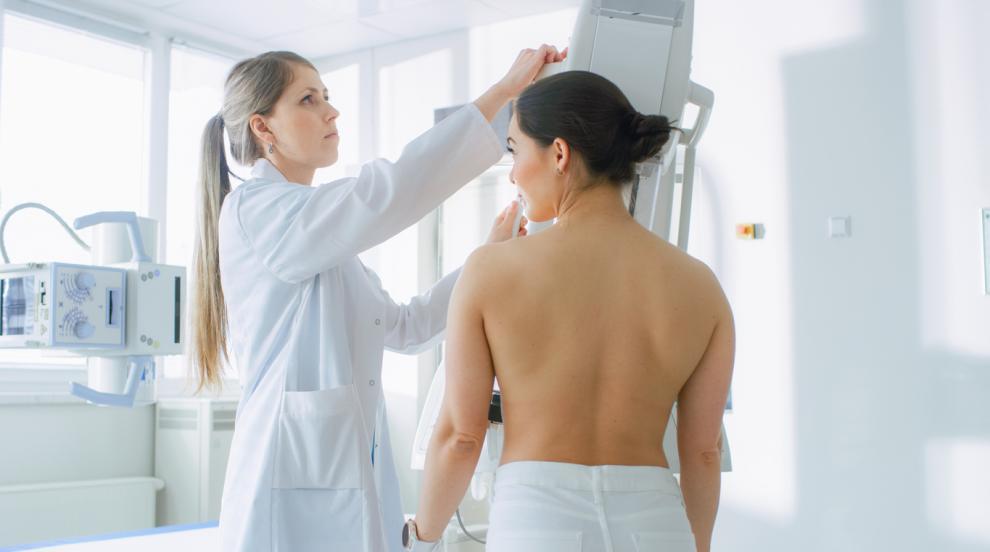 Хормоналното лечение на менопауза увеличава рискаот рак на гърдата