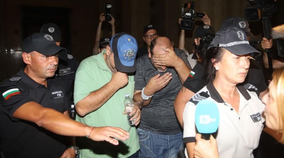 Съдът остави в ареста обвинените за убийството край Негован