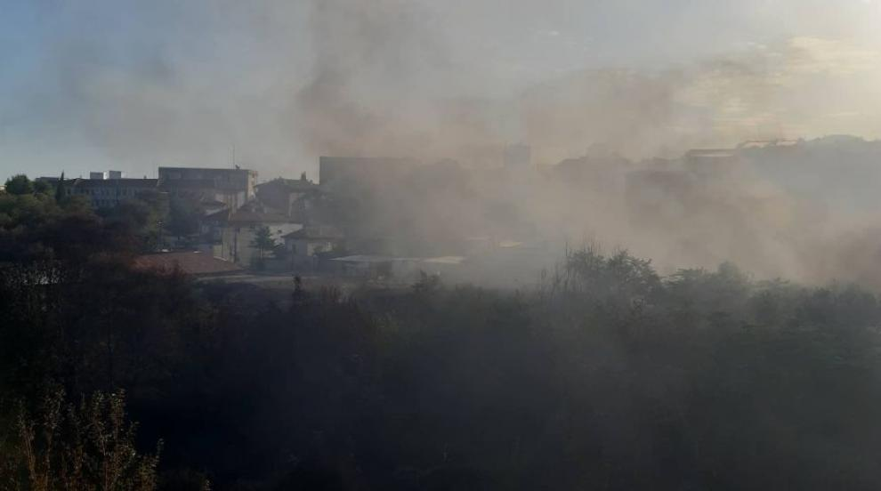 Огнена стихия изпепели училище, евакуираха дом за социални грижи...